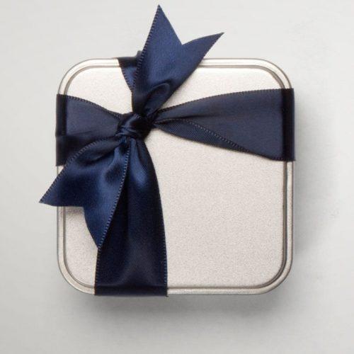Boîte métallique de 4 chocolats