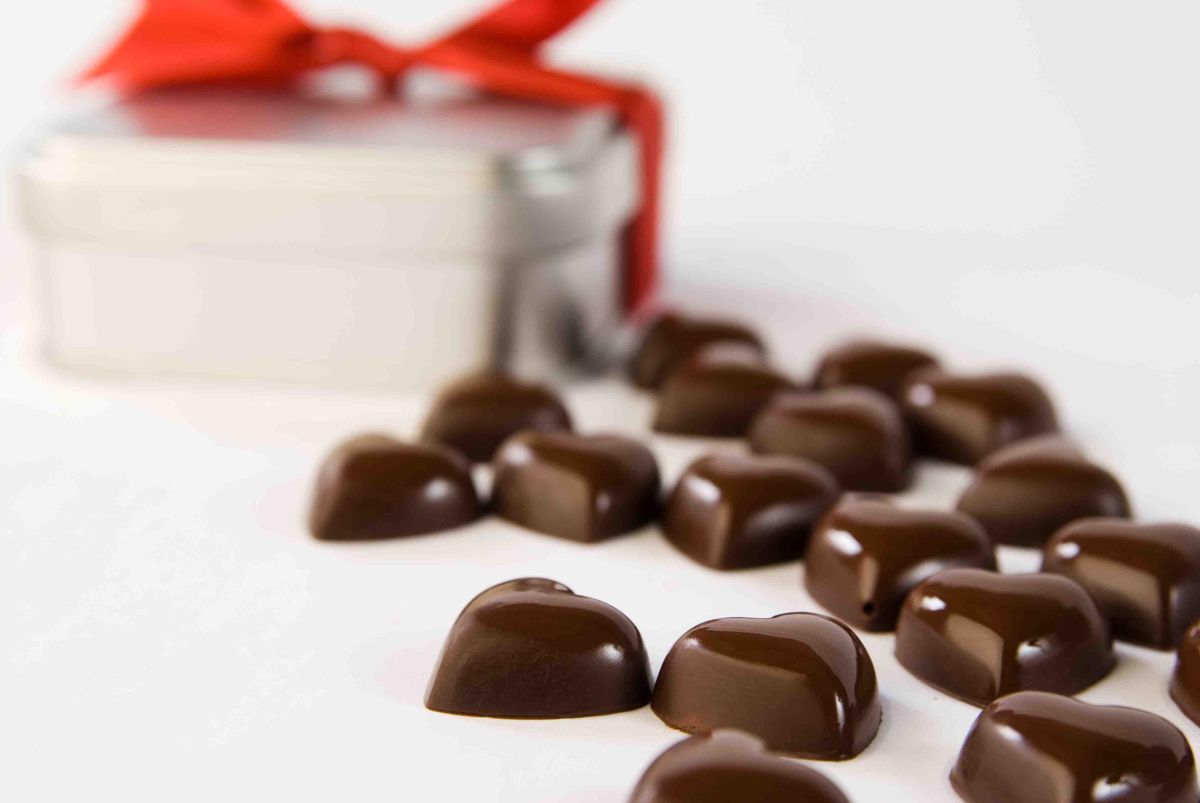 Petits cœurs en chocolat gianduja